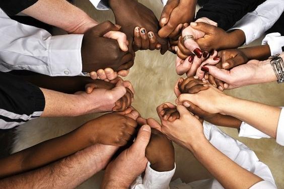 Teilhabe von Personen mit Wohnsitz im Ausland (Deutschland, Österreich, Schweiz) an Körperschaften mit Ertragsausschüttung: Gütergemeinschaften (Comunidades de bienes) oder Zivilgesellschaften (Sociedades civiles). Besondere Steuerregelungen.